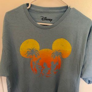 Mens XL Disney tshirt
